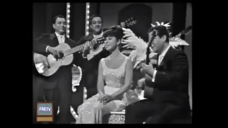 Eydie Gormé and Trio Los Panchos - Piel Canela, Sabor A Mi, Granada (1964) LIVE
