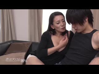 Инцест мачеха и сын. Порно HD_ секс incest Mature инцест milf moms Amateur минет