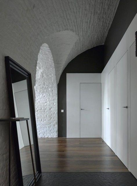 Квартира архитектора Арсения Борисенко, где все потолки — сводчатые