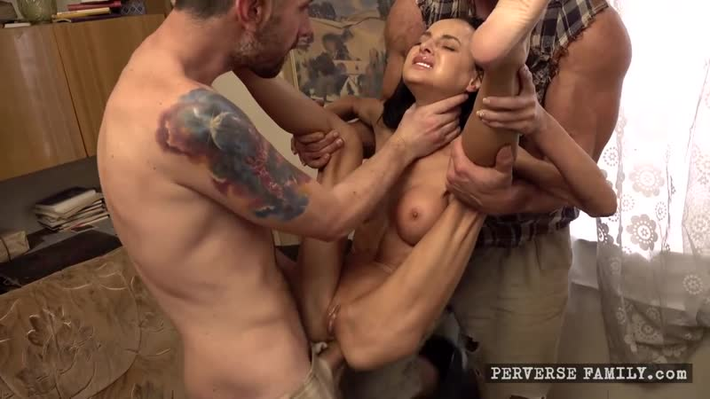 Xmas Day Massacre (e16) Perverse Family 2020, Anal, Taboo, Pissing, Milf, Group sex, Fetish, Fisting, Squirt,
