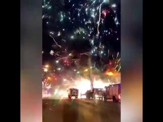 Пожар на складе фейерверков в Ростове-на-Дону [NR]
