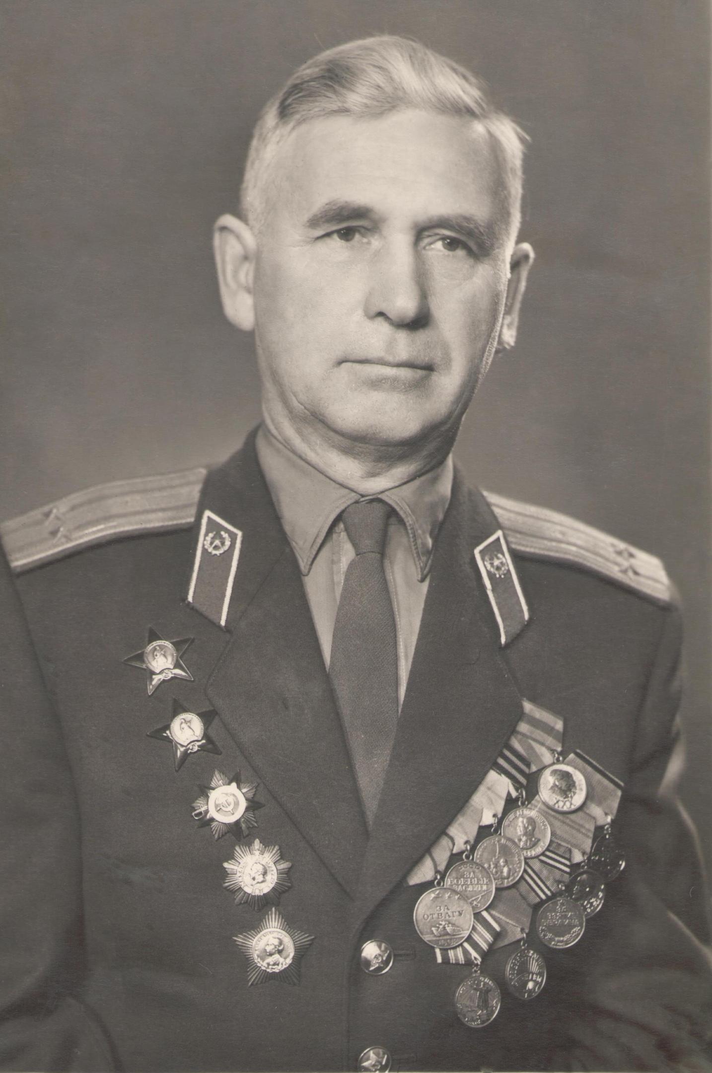 Настоящий офицер Михайлов, изображение №1