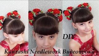 DIY Резинка на маленький пучок.  МК Украшение на гульку.  Розы из атласных лент.  Канзаши