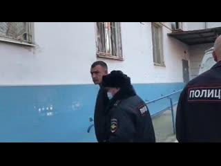 В Хабаровске начали задерживать журналистов и избивать активистов [NR]