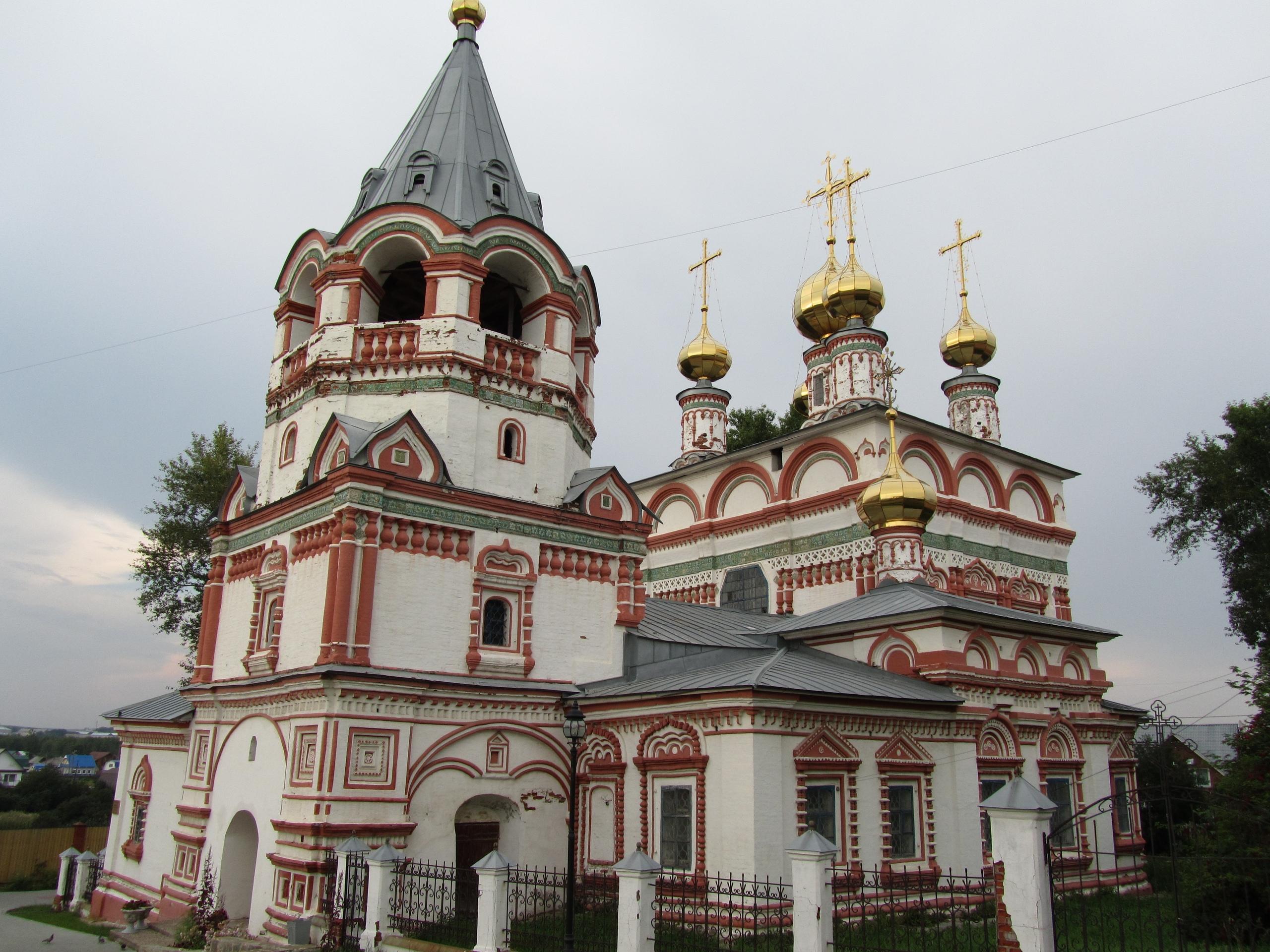 старинная церковь в Соликамске