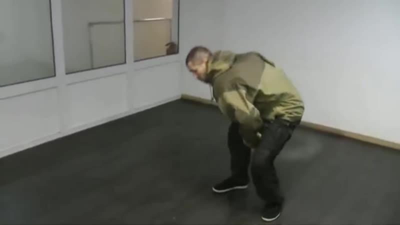 kompleks-volnovoy-gimnastiki-video-krugi-i-vosmerki-damochka-drochit-na-kameru