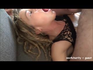 Видео с женой ,кончают в рот .мжм_gangbang_group sex_cum mouth_cum eating_