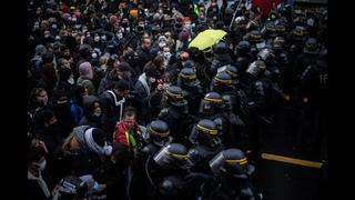 Nouvelle marche des libertés : la démonstration de force des forces de l'ordre (Paris 2020)
