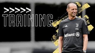 💪 Allegri takes his First Training Session of the 2021/22 Season!   Juventus