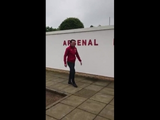 @unaiemery_ arriving for his first day at the training ground - - welcomeunai