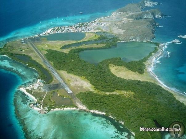 Там, где падают самолеты: Таинственное проклятие островов Лос-Рокес По всему миру существуют такие места, в которых слишком часто для случайности пропадают корабли и самолеты. Самое известное