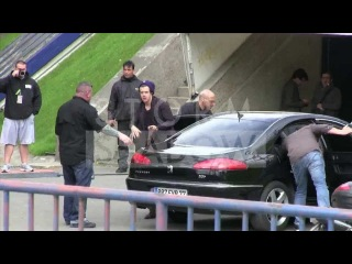 Harry Styles arriving at Bercy Paris