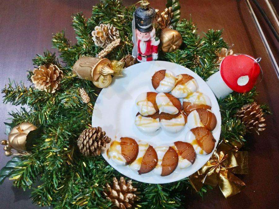 Пряничное печенье Ингредиенты: Мука — 225 г Манка — 150 г
