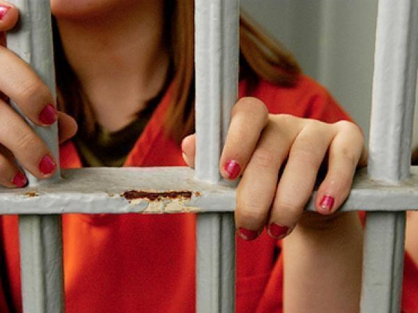 Девушки из Нальчика и Пятигорска совершили преступление в КЧР