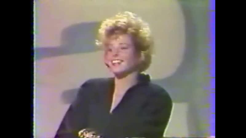 Mylene Farmer et Laurent Boutonnat - Interview (Antenne 2 midi, Antenne 2, 1 septembre 1986)