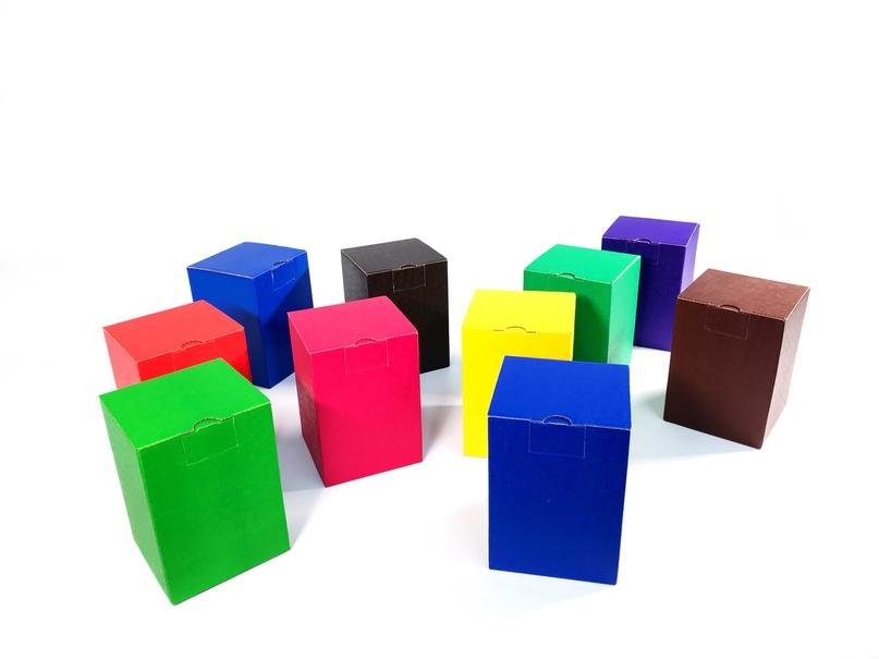 Коробки с логотипом - нанесение цветной печати при изготовлении картонных коробок на заказ., изображение №10