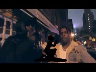A$AP Rocky и Skepta исполняют трек Praise The Lord (Da Shine) на улице