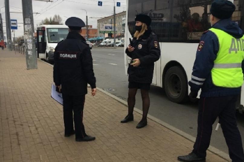 В Пензе за несоблюдение масочного режима оштрафовали 2 водителей общественного транспорта