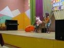 Минута Славы в школе №6 г. Минска-Выступает Надя и Полина-А ты меня любишь?