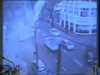 Clearer PDRM CCTV Footage Before Penang UMNO Building Incident low
