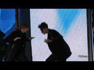 [FANCAM] 141203 Mnet Asian Music Awards 2014 (MAMA 2014)  Tao focus - Intro + Black Pearl + Tell Me What is Love