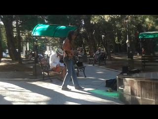 Гитарист Родион Шинкарёв в Форосе - Smoke on the Water