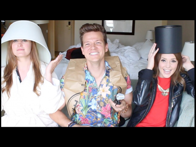 Tyler Ward, Grace Helbig, Mamrie Hart - Dogs Are Great (Official Music Video)