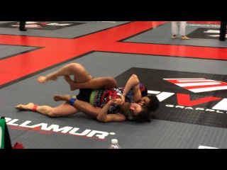 Tara vs Colleen Schneider NoGi Five Grappling CA Open Feb 2014