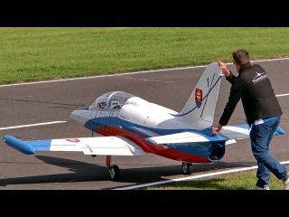 THE BIGGEST RC TURBINE JET MODEL IN THE WORLD L-39 ALBATROS XXXL 68 KG SCALE 1:2,7 GIGANTIC !!!