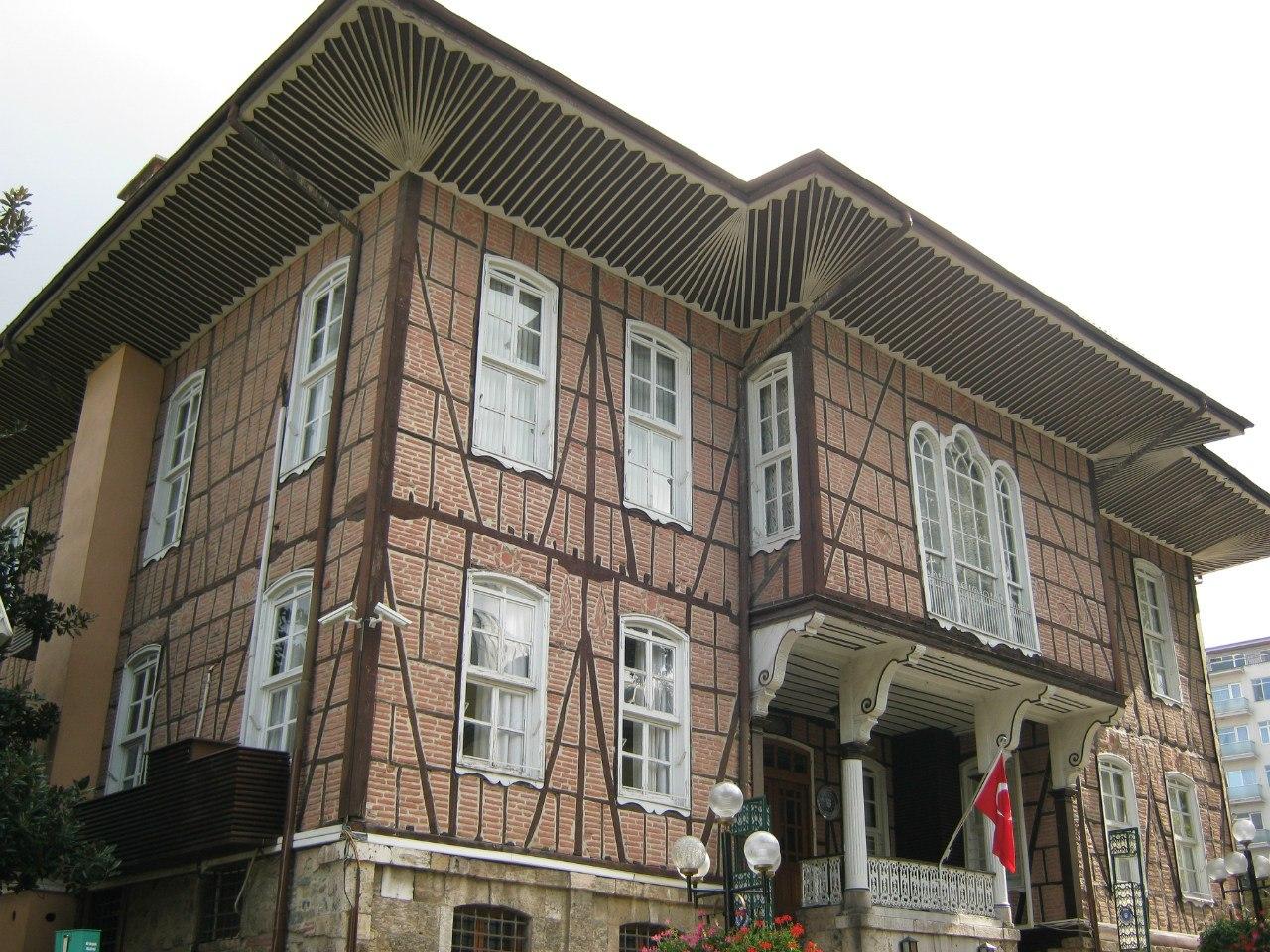 Старое здание мэрии Бурсы