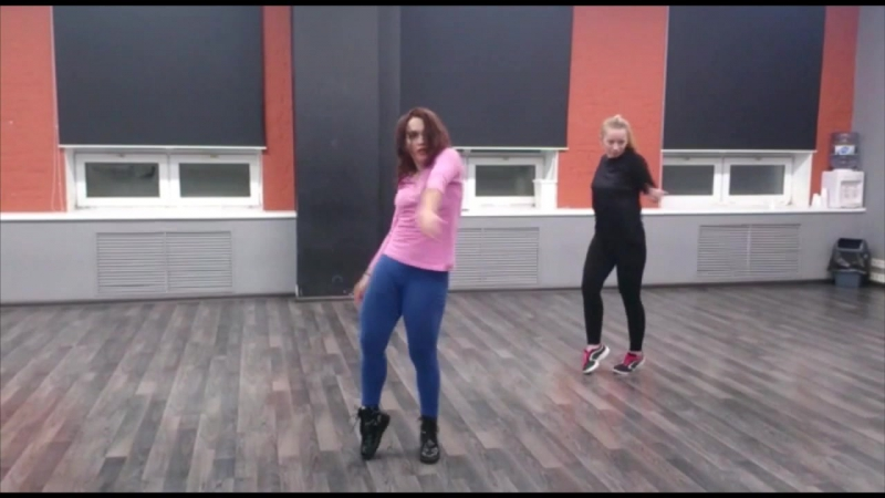 Dancehall Female Тренировкаroutine by Olga Simkova (BamBitta)