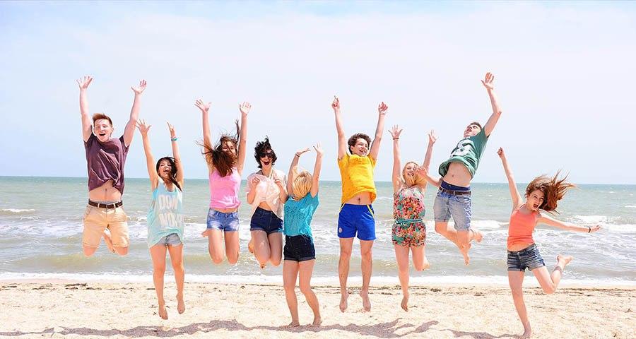 картинки летние каникулы на море участие повторной