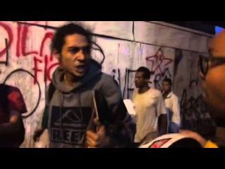 Manifestantes agridem dois jovens durante ato contra o governo