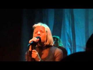 Aurora - Little Boy in the Grass - Live at Tivoli