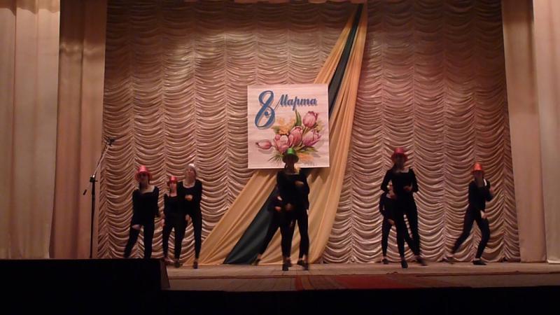 В джазе только девушки образцовый ансамбль танца Эдельвейс
