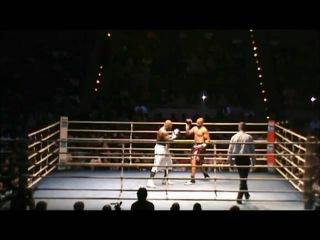 Roy Jones Jr vs. Rodney Moore /