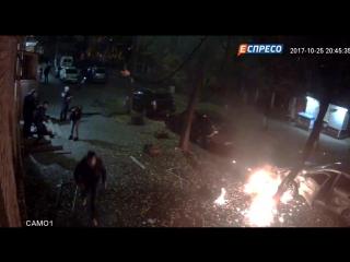 Видеозапись момента подрыва взрывчатки около депутата Игоря Мосийчука