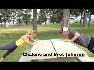 Chalene Johnson и её муж Bret Johnson тренируются