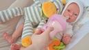 Куклы Пупсики реборн Оля/Pretend play with baby doll reborn/кормим молочком и переодеваем/Зырики ТВ