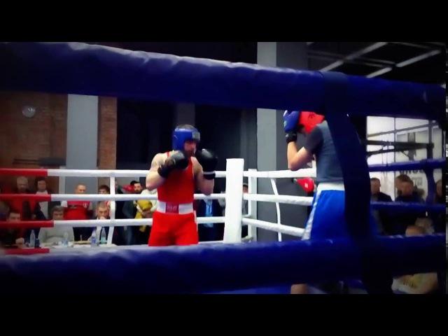 Николай Павлиди дебют на любительском ринге