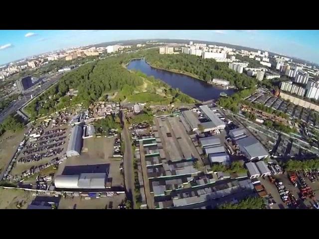 Аэросъемка над джамгаровским прудом в СВАО города Москвы