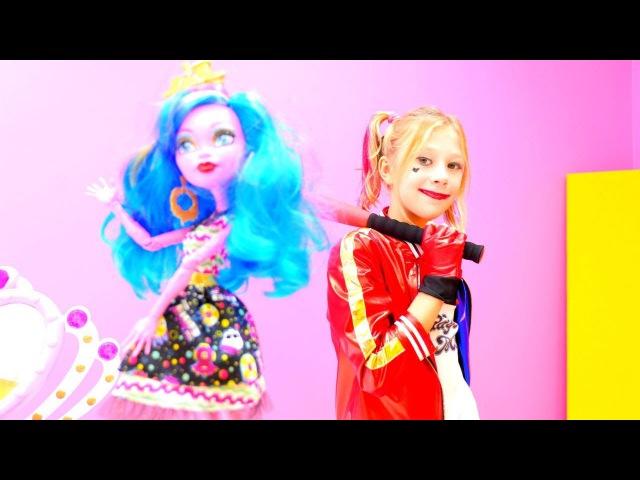 Kostüm partisi Harley Quinn 🎭 MonsterHigh Gooliope Jellington ile kızoyunları Süslenme oyunu