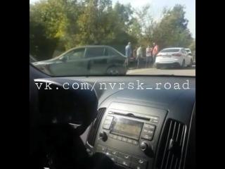 ДТП на трассе Новороссийск -  Анапа , спуск к Ленинскому пути.