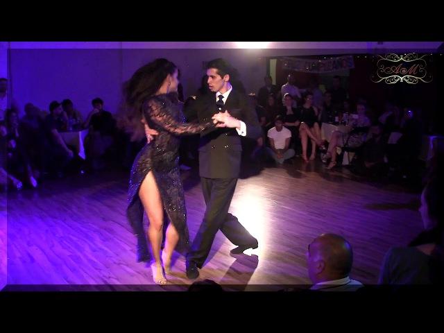 Excelente tango show de Campeones mundiales 2017 en Dos Orillas, Buenos Aires