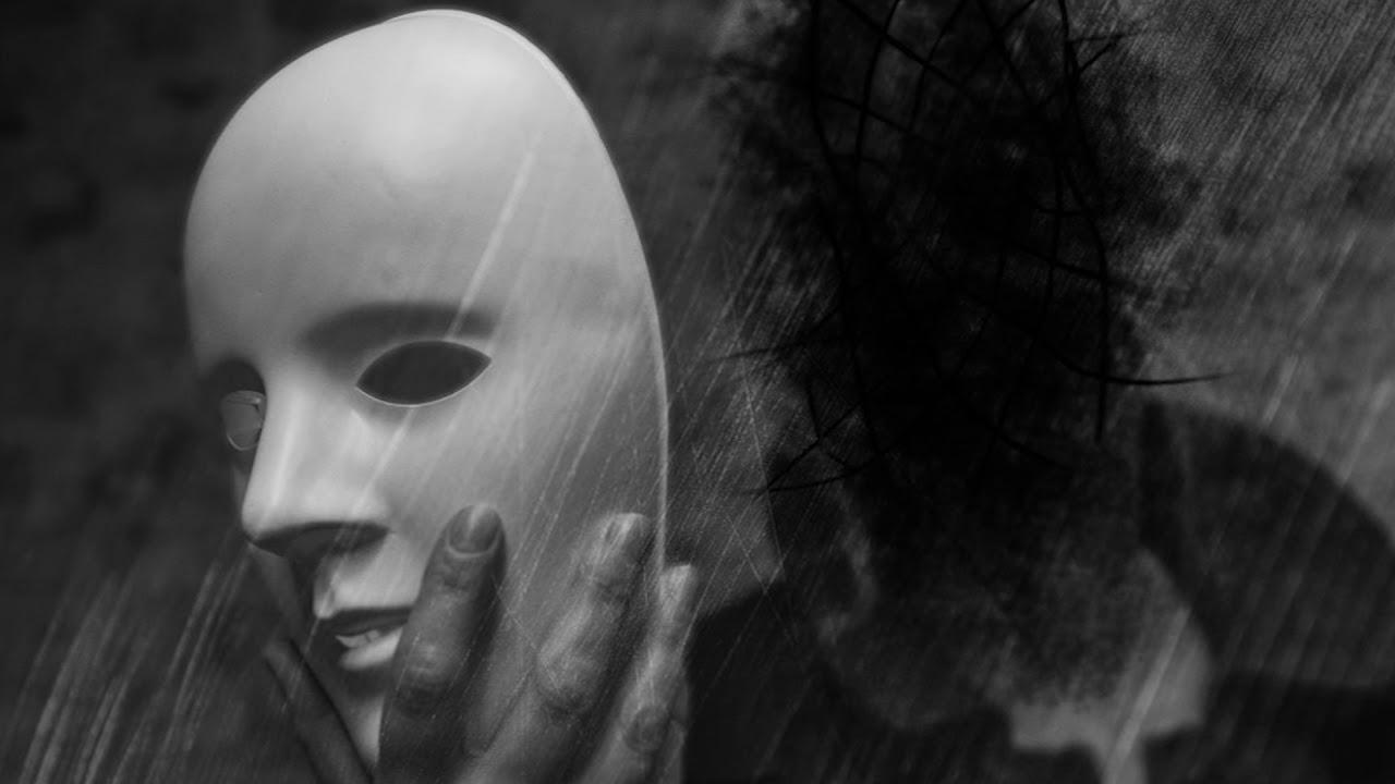 дорогая, грустные картинки с масками цепная пилорама