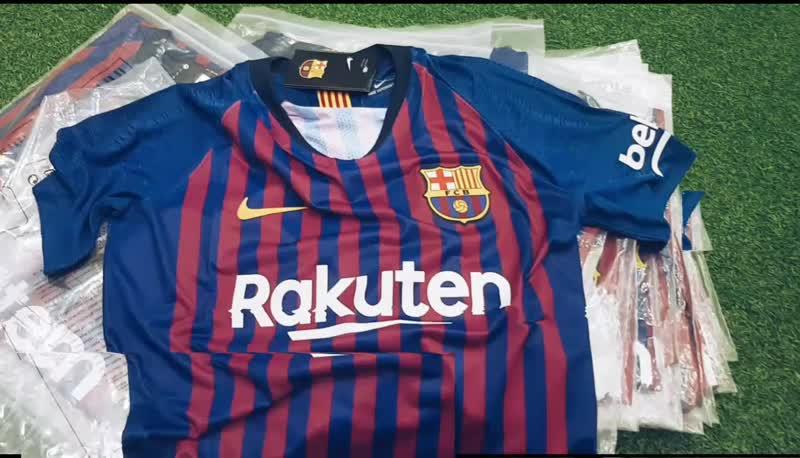 Распродажа футболок FC BARCELONA 18/19   VAPOR MATCH (Игровой вариант)