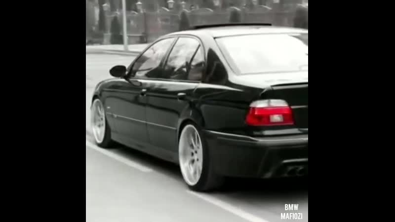 BMW M5 MEN'S CLUB (720p).mp4