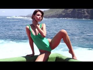 Ariela - Sea Goddess backstage (aka Ariel) Posing, 1080p