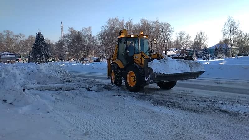 В Ичалковском районе каммунальные службы продолжают расчищать завалы снега