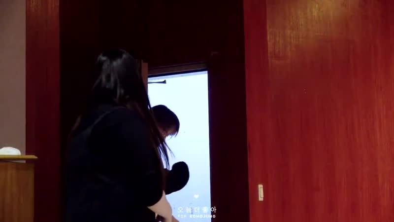 [181117] Hottracks Fansign в Guro Youth Training Center (Focus Hojung)